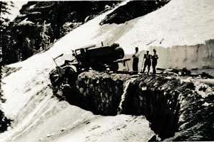1935 photo of clearning snow off Carson Spur